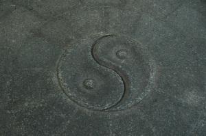 yin-yang-1447718-1279x850 (2)